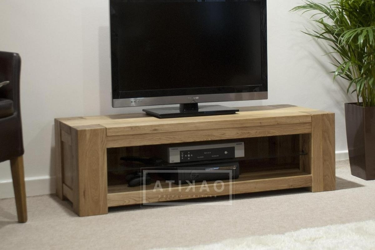St Ives Oak Wide & Low Tv Cabinet – Oak Tv Stands & Entertainment Intended For Latest Low Media Unit (View 9 of 15)