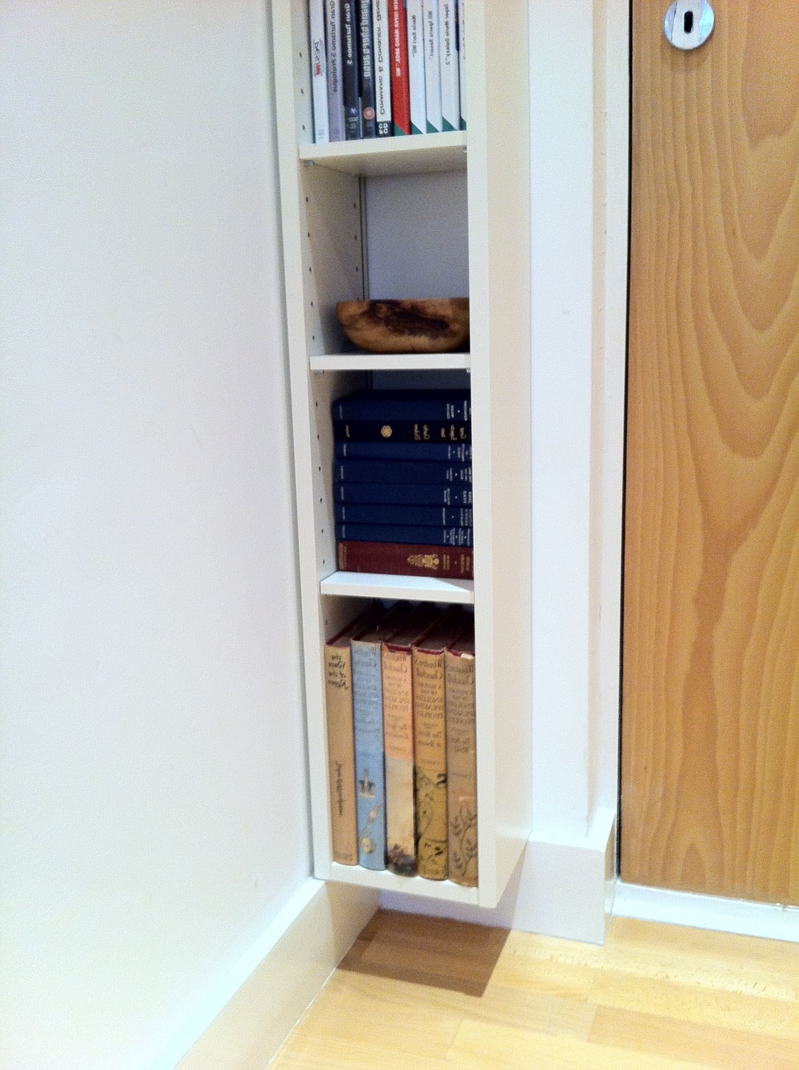 Swanlakemontanahomeforsale Regarding Floating Bookcases (View 9 of 15)
