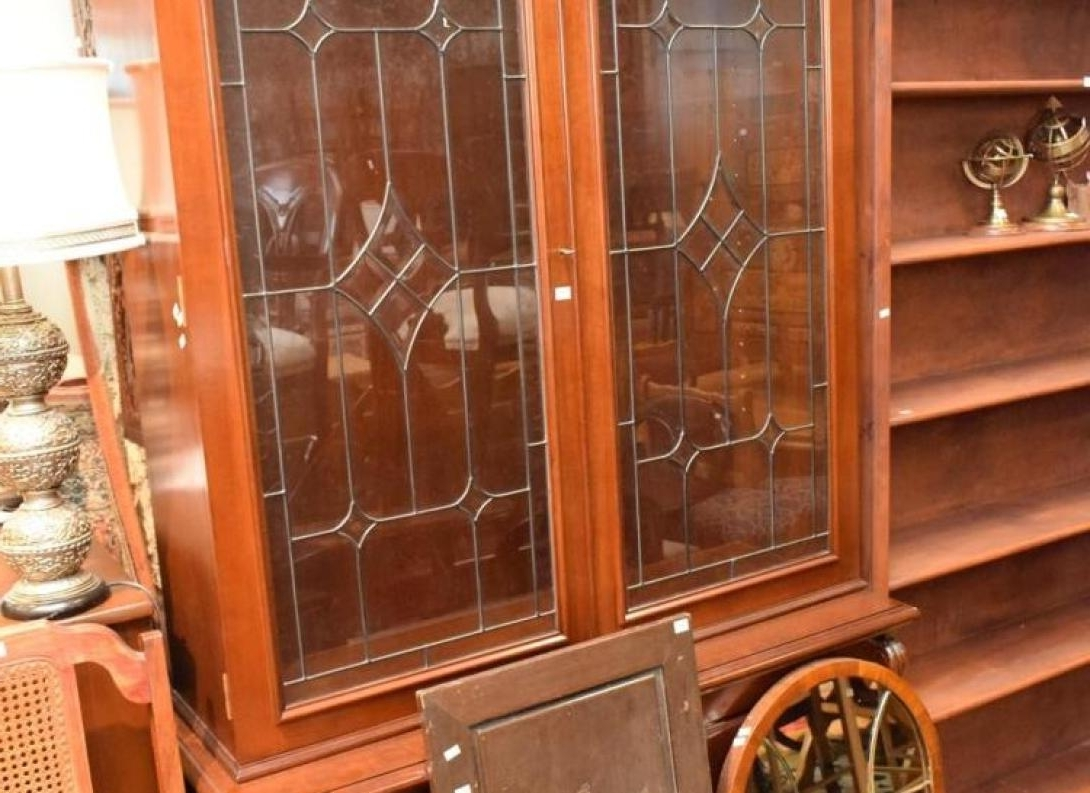 Uncategorized : Antique Wardrobes Awesome Victorian Mahogany Throughout Fashionable Breakfront Wardrobes (View 14 of 15)