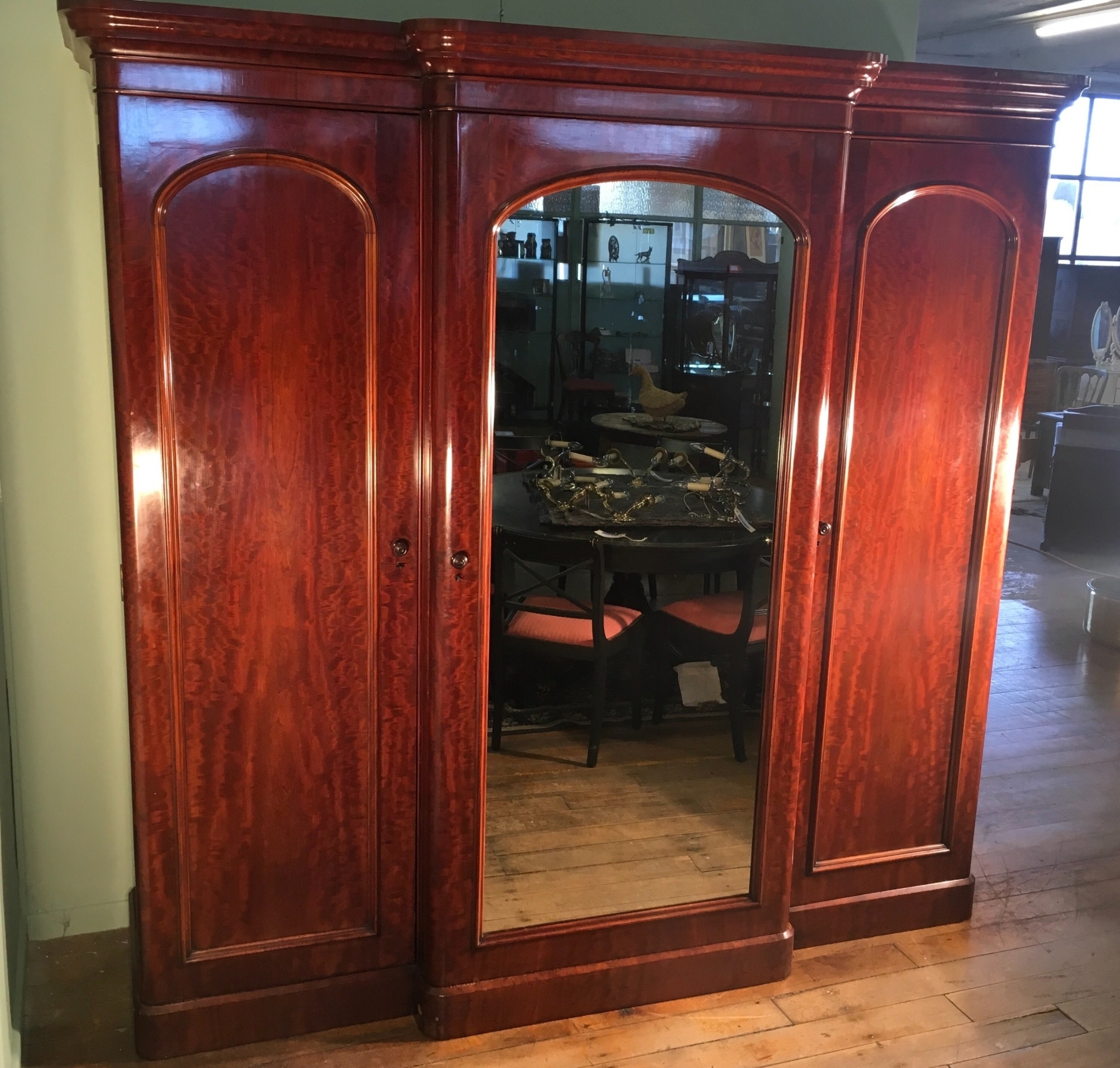 Victorian Mahogany Breakfront Wardrobes In Favorite 15 Ideas Of Breakfront Wardrobe (View 13 of 15)