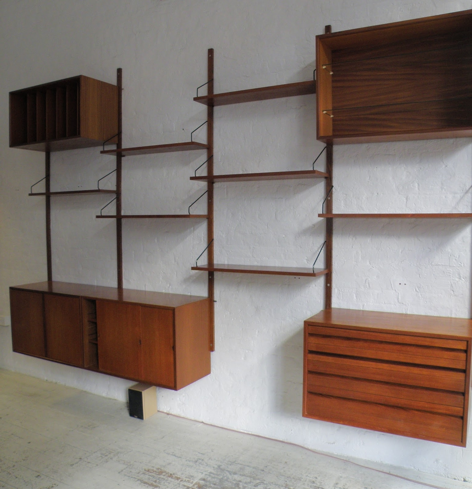Wall Mounted Modular Shelving System • Wall Mount Ideas Throughout Recent Home Shelving Systems (View 7 of 15)