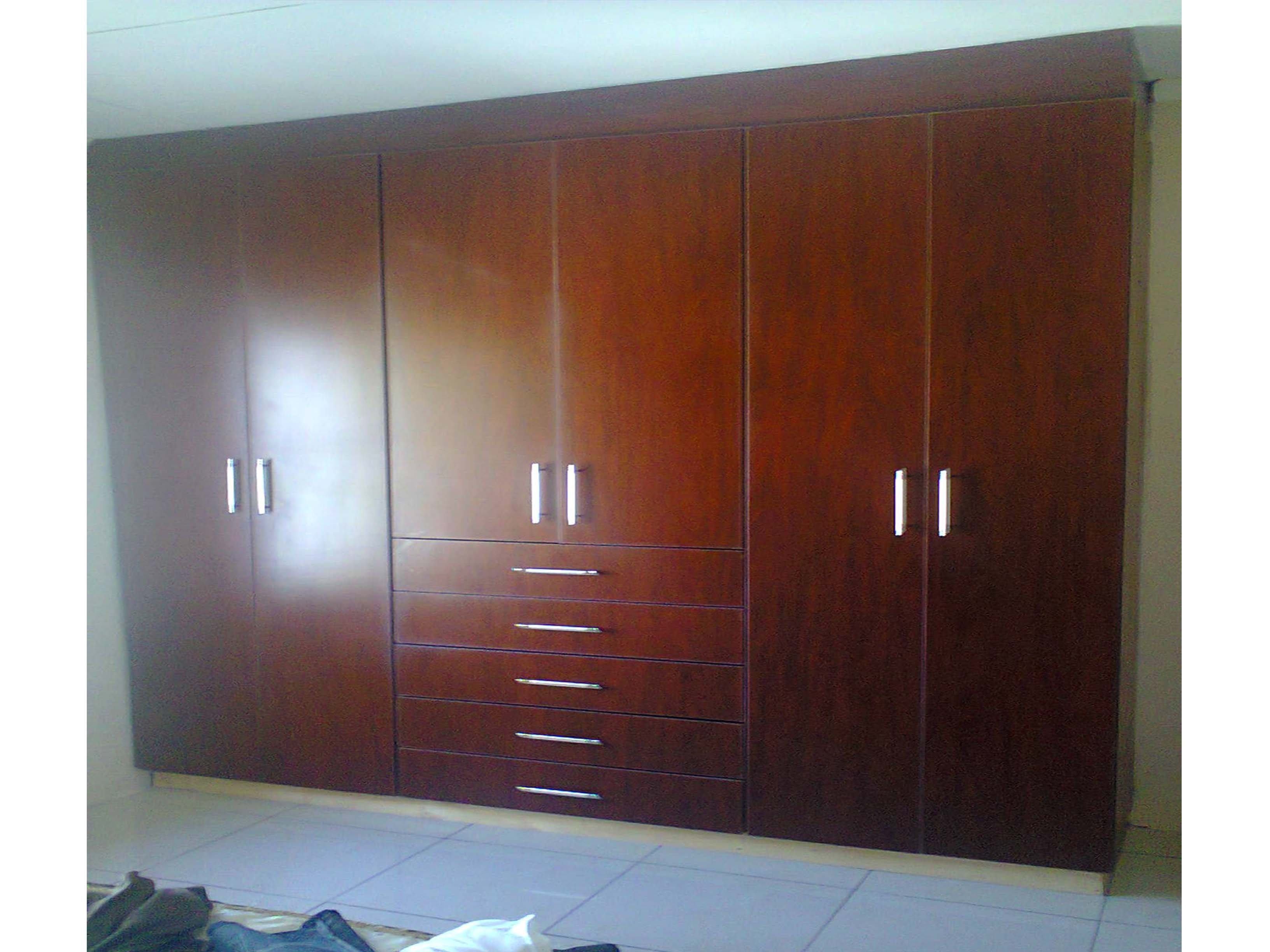 Wall Wardrobes Pertaining To Most Current Wall Wardrobes And Fitted Wardrobes (View 13 of 15)