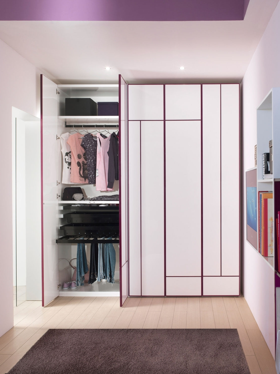 Well Known 20 Tropical Closet Design Ideas (View 14 of 15)