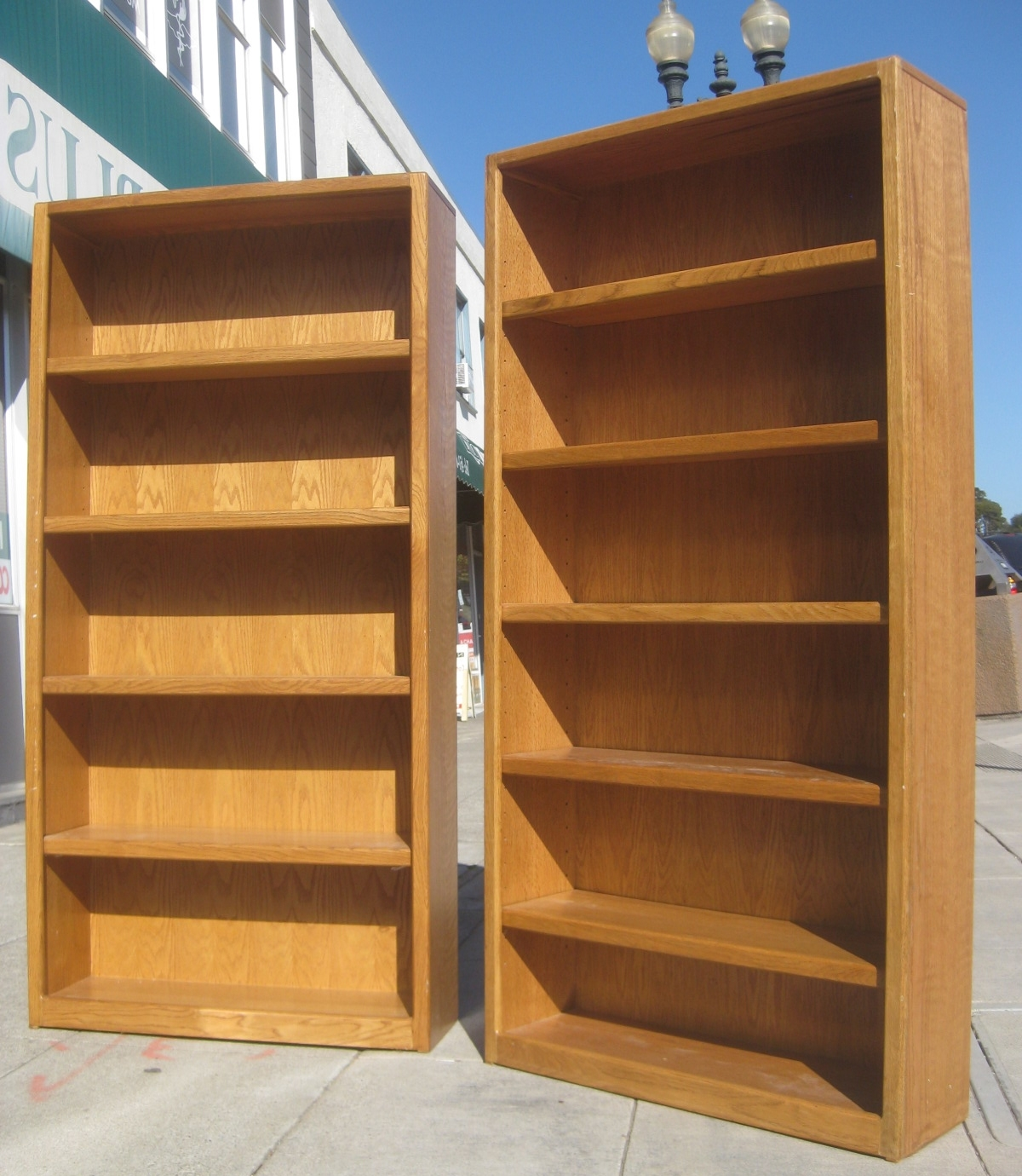 Well Known Uhuru Furniture & Collectibles: Sold – Oak Bookshelf – $70 With Oak Bookshelves (View 8 of 15)
