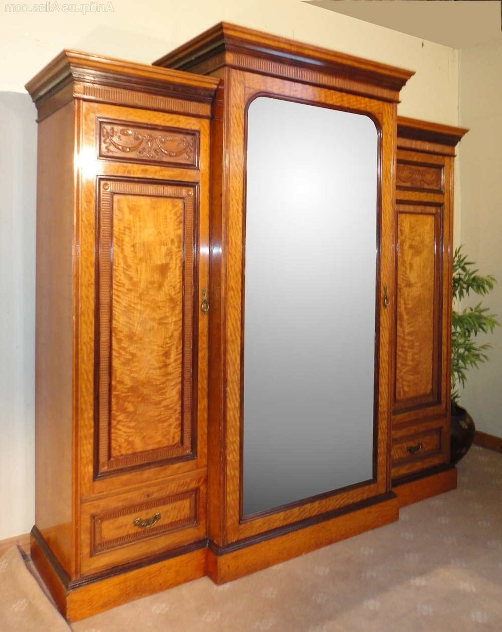 Well Known Victorian Satinwood & Rosewood Breakfront Wardrobe – Antiques Atlas Throughout Antique Breakfront Wardrobes (View 15 of 15)