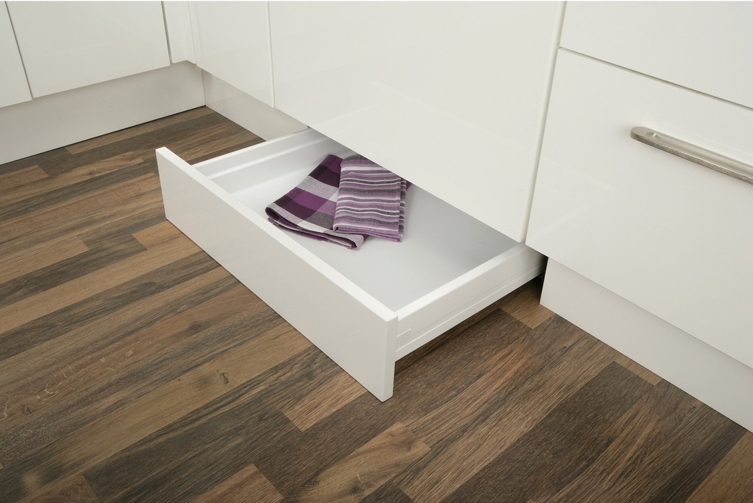 Well Liked Plinth Drawer With Plinth Drawer Fitting Set, For Moulded Plastic Drawer System (View 3 of 15)