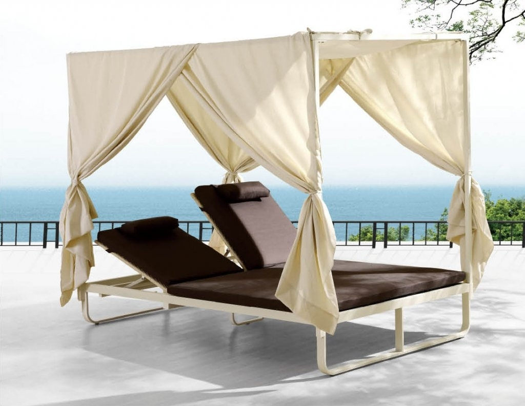 2017 Outdoor Chaise Lounge Chairs With Canopy Throughout Furniture: Dark Brown Double Outdoor Chaise Lounge With White (View 4 of 15)