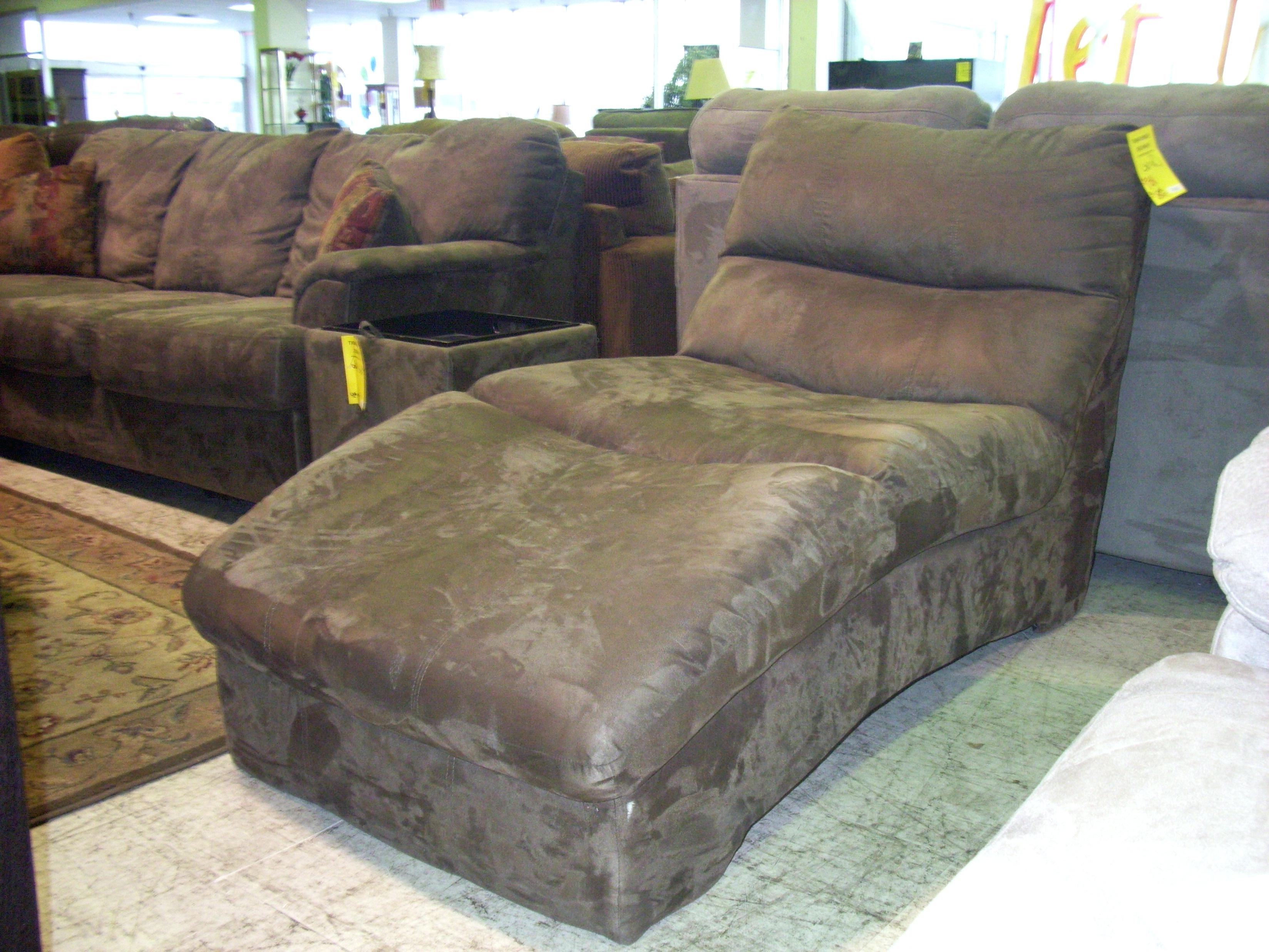 Featured Photo of Microfiber Chaise Lounge Chairs