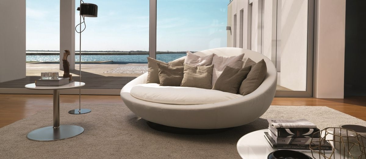 2018 Round Sofas Within The Importance Of Round Sofa – Bellissimainteriors (View 1 of 10)