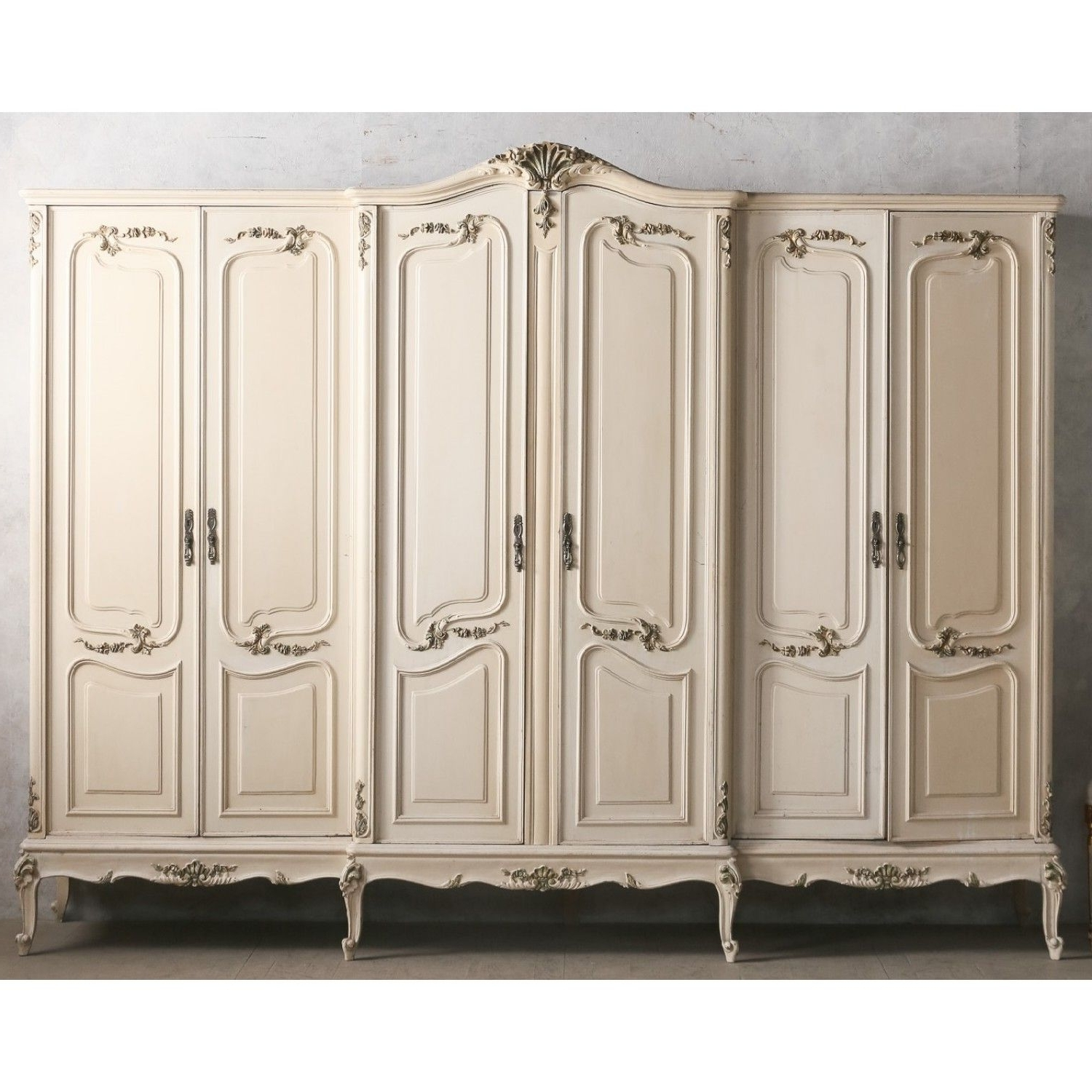 2018 Vintage Style Wardrobes In Vintage European Large Rococo Style Wardrobe Armore In White (View 1 of 15)