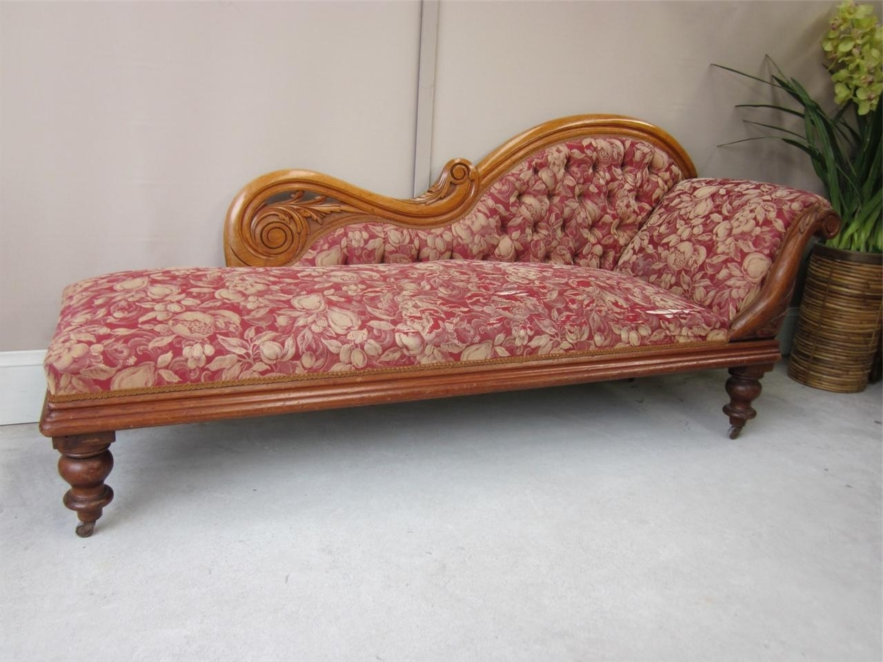 bed chaise antiques victorian lounge antique atlas day english longue