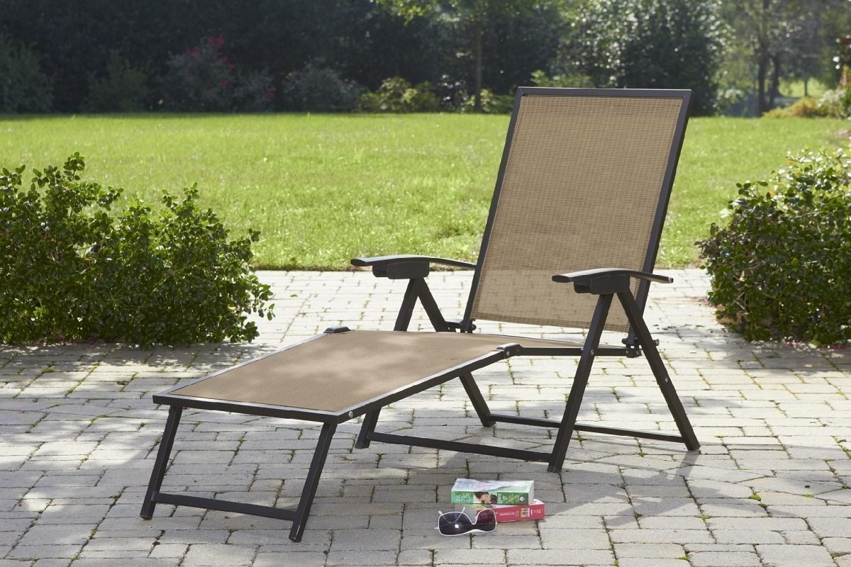 Featured Photo of Folding Chaise Lounge Chairs