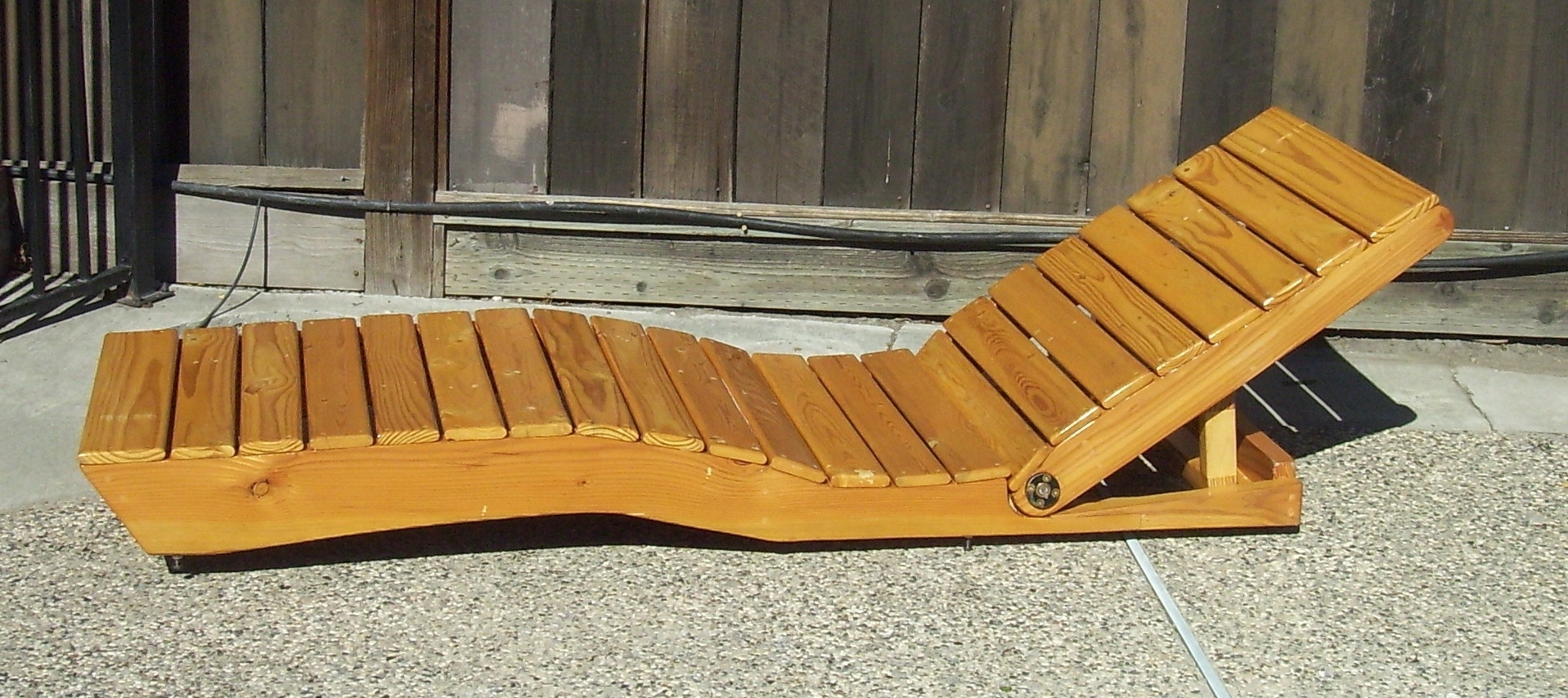 Best And Newest Diy Outdoor Chaise Lounge Chairs Intended For Chaise Lounge Made From Pallet Wood (View 14 of 15)