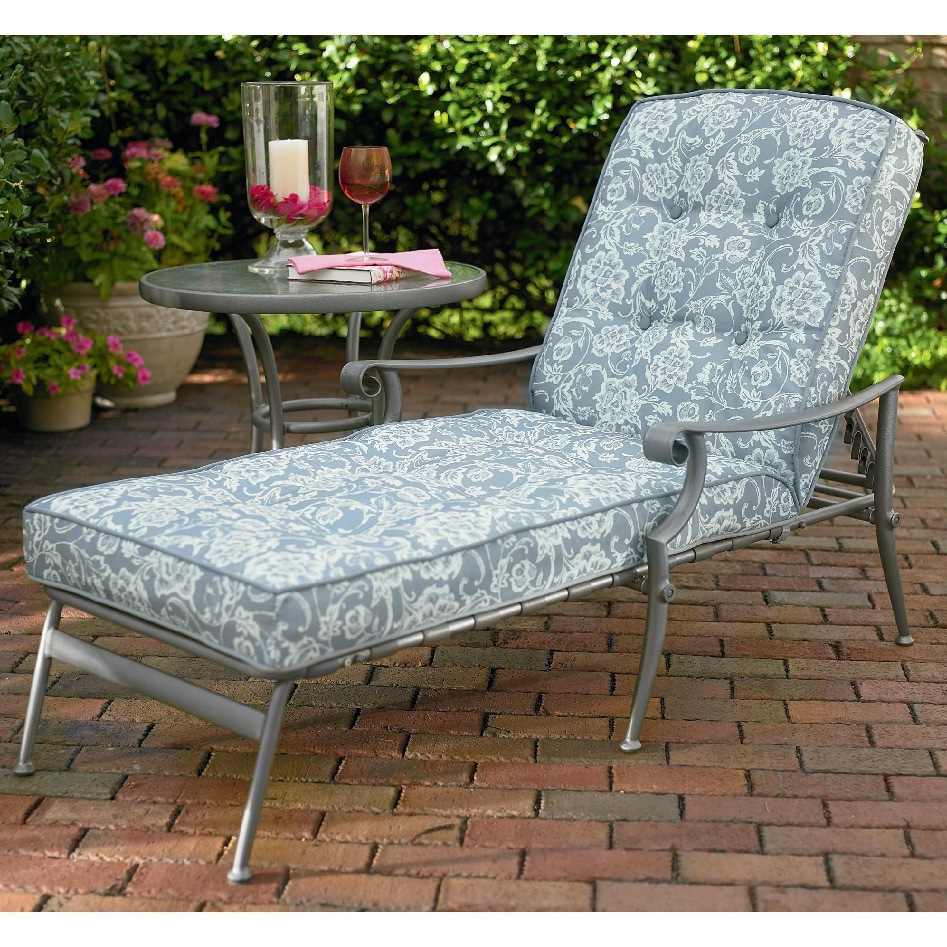 Best And Newest Outdoor Cushions For Chaise Lounge Chairs Inside Convertible Chair : Lounge Chairs Aluminum Chaise Lounge Chairs (View 14 of 15)