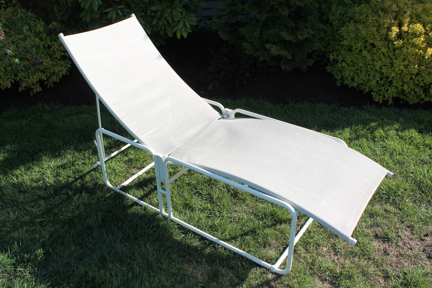Brown Jordan Chaise Lounge Chairs For Preferred Vintage Brown Jordan Nomad Chaise Lounge Patio Chair – Haute Juice (View 15 of 15)