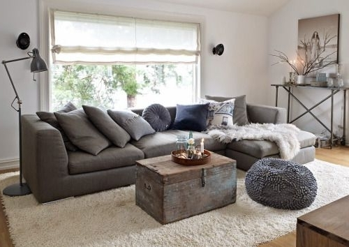 Charcoal Grey Sofas Inside Widely Used What Color Rug Goes With A Grey Couch – Leola Tips (View 2 of 10)