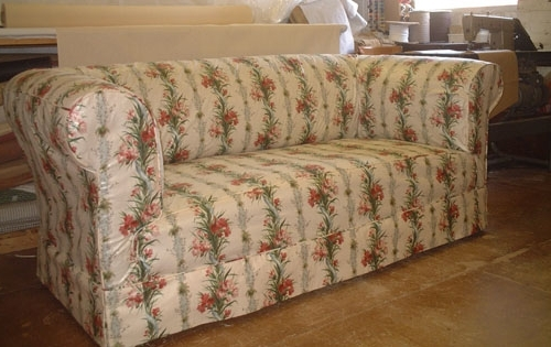 Chintz Covered Sofas Within Most Up To Date Sofa Design: Luxurious Chesterfield Sofa Covers Ideas Pottery Barn (View 4 of 10)
