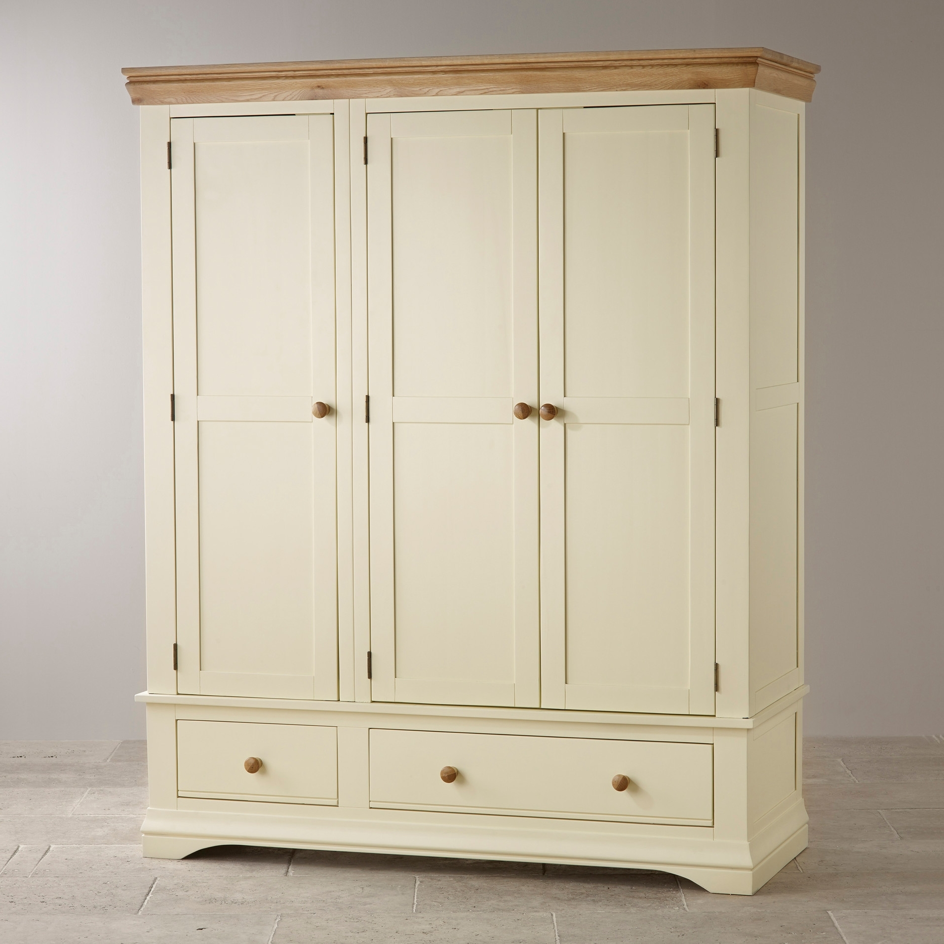 Cream Triple Wardrobes With Regard To Famous Country Cottage Natural Oak Triple Wardrobe – Cream Painted (View 4 of 15)