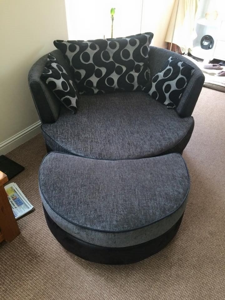 Cuddler Swivel Sofa Chairs With Most Up To Date Double Sofa Bed And Large Round Swivel Cuddle Chair And Puffee (View 1 of 10)