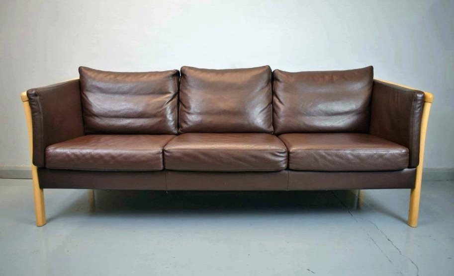 Current Affordable Tufted Sofas For Chaise Settee Lounge Full Size Of Couch Furniture Deals Affordable (View 8 of 15)