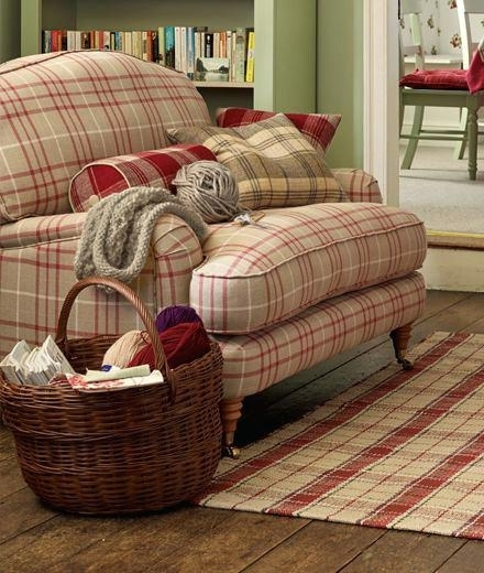 Current Country Style Sofas (View 4 of 10)