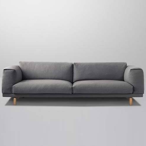 Design Necessities Pertaining To Modern 3 Seater Sofas (View 7 of 10)