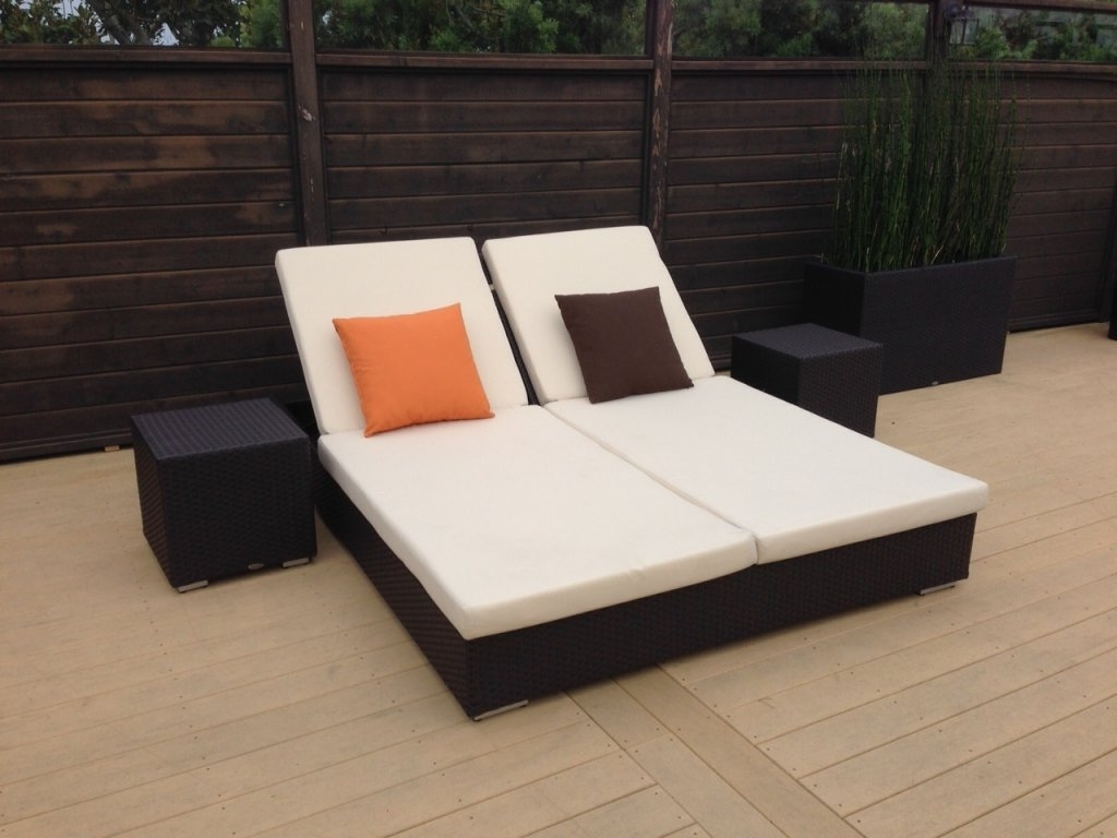 Double Chaise Lounges For Outdoor Pertaining To Widely Used Beautiful Double Chaise Lounge Outdoor Furniture (View 3 of 15)