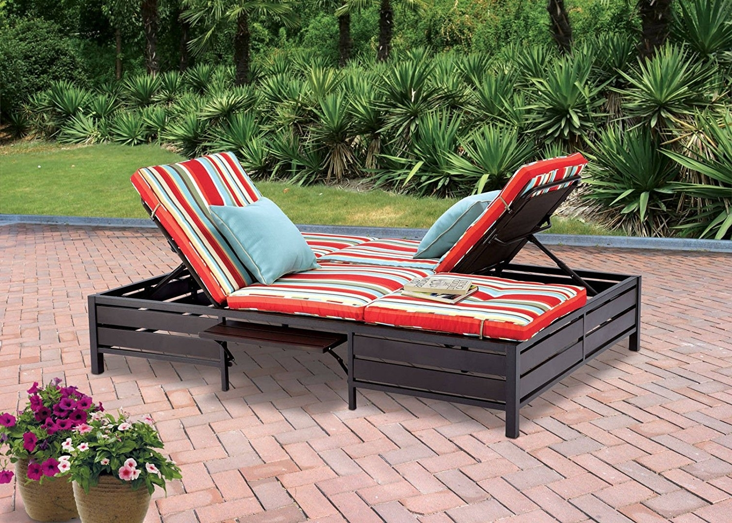 Double Outdoor Chaise Lounges Intended For 2017 Amazon : Double Chaise Lounger – This Red Stripe Outdoor (View 4 of 15)