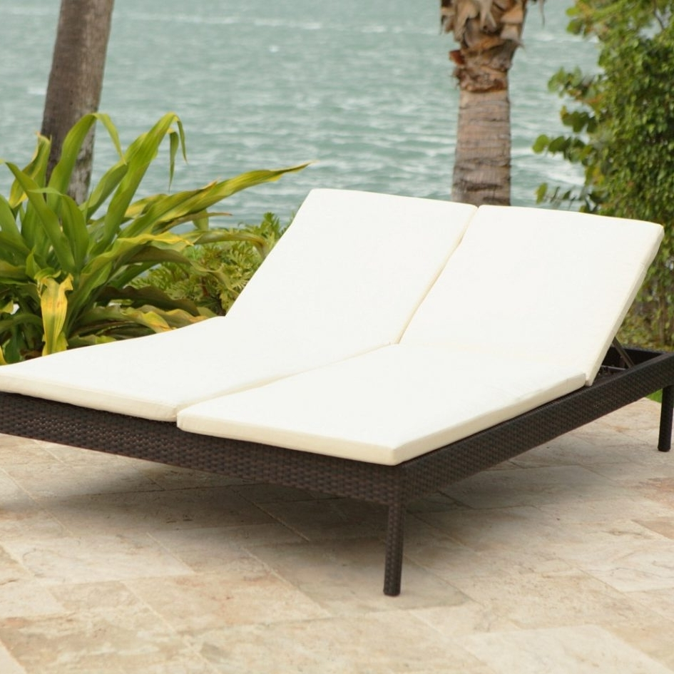 Double Outdoor Chaise Lounges Within Well Liked Metal Garden Bench Patio Set Outdoor Table And Chairs Patio Chaise (View 8 of 15)