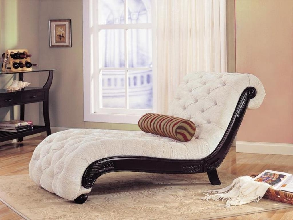 Elegant Chaise Lounge Chairs Pertaining To Well Known Exclusive Tufted White Chaise Lounge Chair For Modern Bedroom (View 9 of 15)