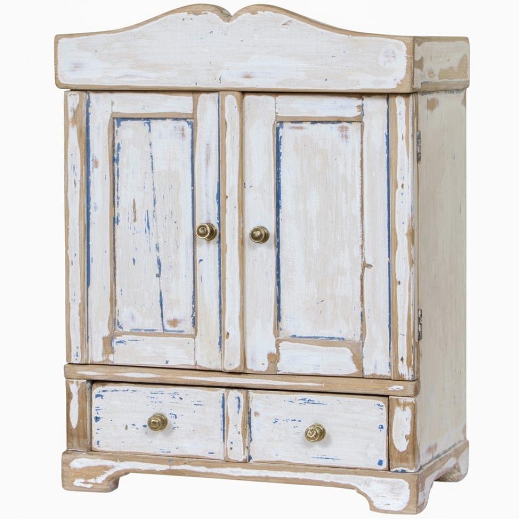 Elegant White Pine Wardrobes – Buildsimplehome Pertaining To Favorite White Pine Wardrobes (Gallery 15 of 15)