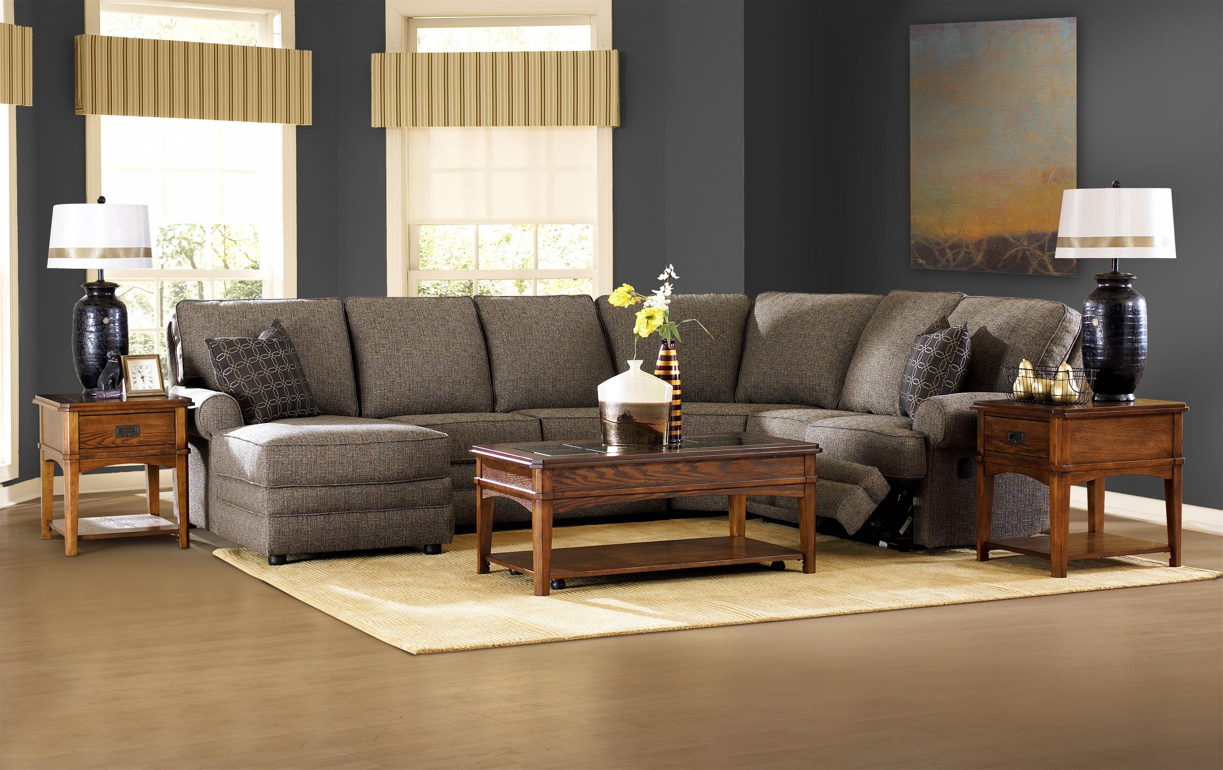 Ergonomic Sectional With Chaise And Recliner For Living Room In Best And Newest Sectionals With Chaise And Recliner (View 3 of 15)
