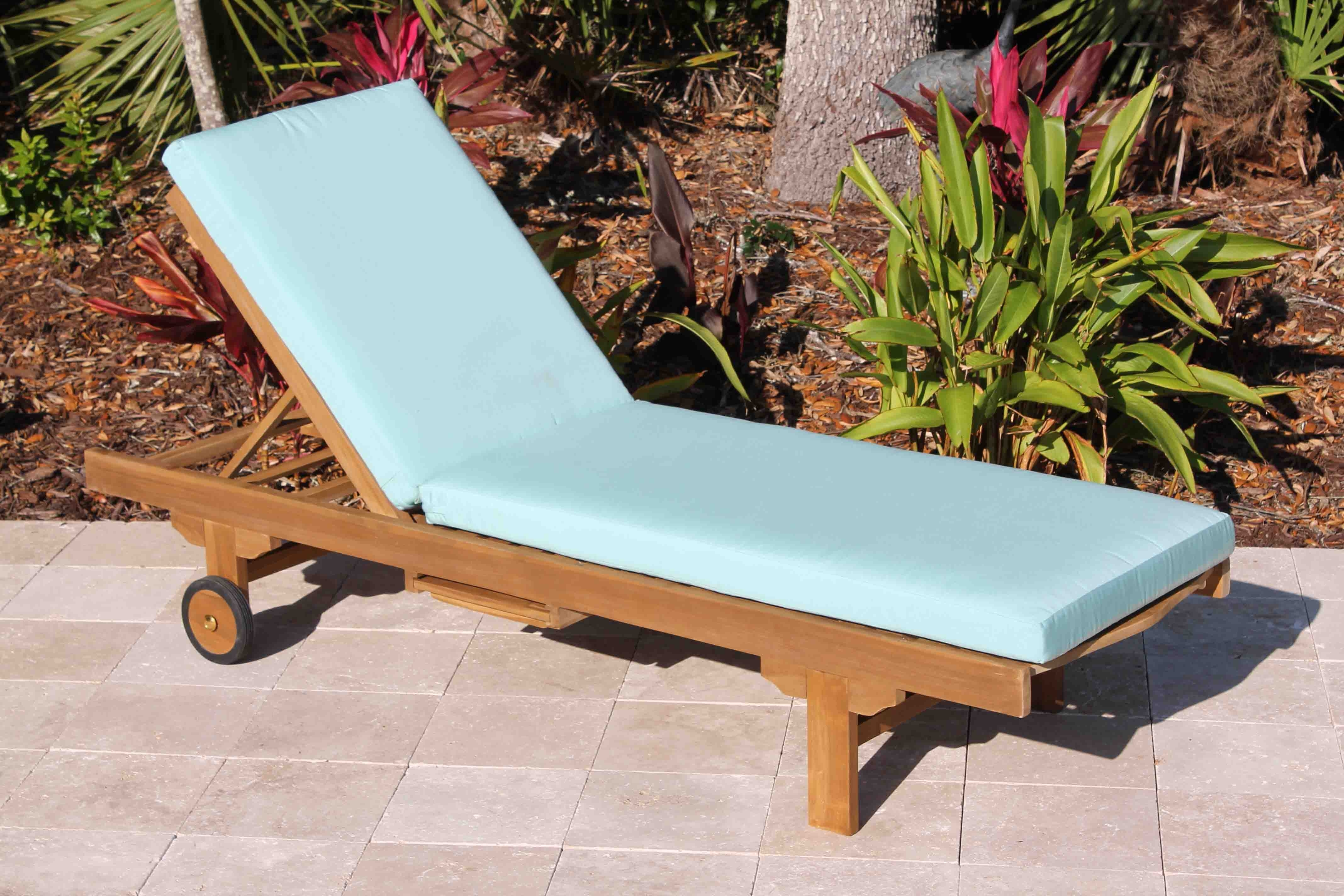 Fabric Outdoor Chaise Lounge Chairs In Most Current Decor Tips: Comfortable Outdoor Teak Wood Lounge Chair With Fabric (View 6 of 15)