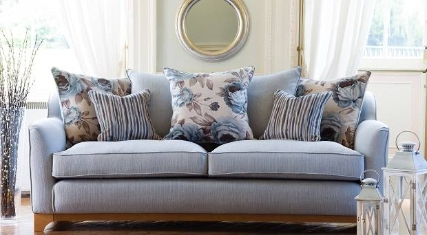 Fabric Sofas Versus Leather: Which Is Better? – Independent (View 4 of 10)
