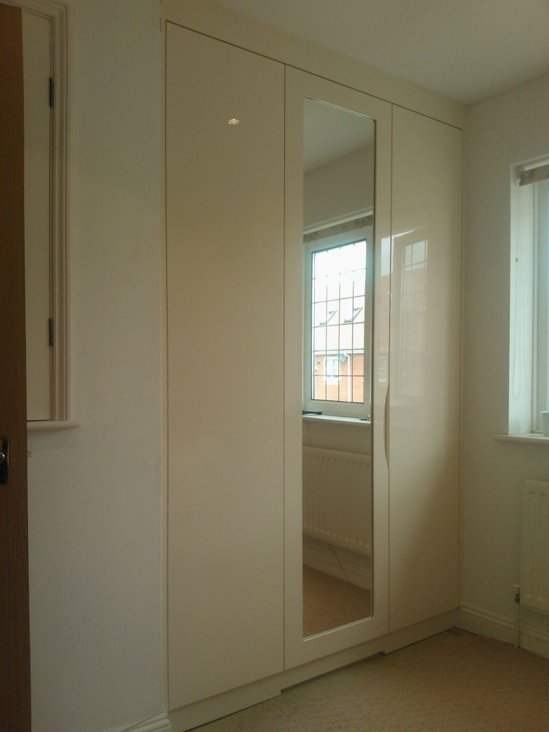 Famous High Gloss Doors Wardrobe White Sliding Wardrobes That Can Make Inside Cream Gloss Wardrobes Doors (View 9 of 15)