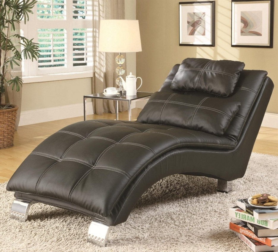 Displaying Photos of Black Leather Chaise Lounge Chairs (View 10 of ...