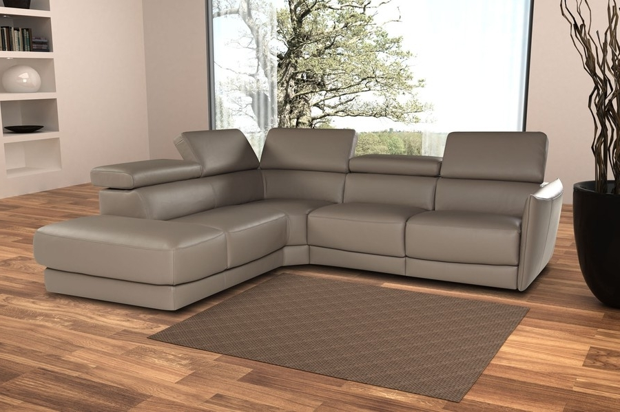 Famous Sectional Sofas With Electric Recliners With Regard To Nicoletti Camilion Sectional Sofa With Electric Recliner (View 5 of 10)