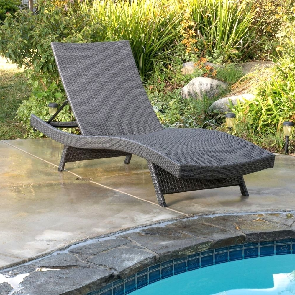 Fashionable Grey Wicker Chaise Lounge Chairs For 25 Awesome Wicker Chaise Lounge Chairs Outdoor Design – Lounge (View 2 of 15)
