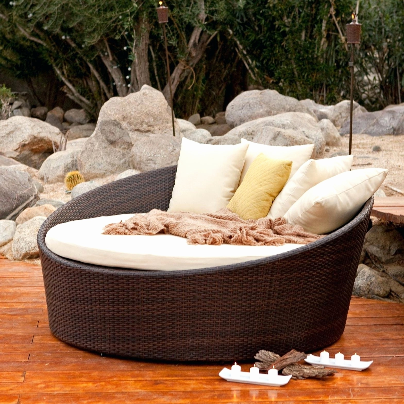 Fashionable Round Chaise Lounges Intended For Convertible Chair : Outdoor Lounge Chairs Patio Chaise Lounge (View 3 of 15)