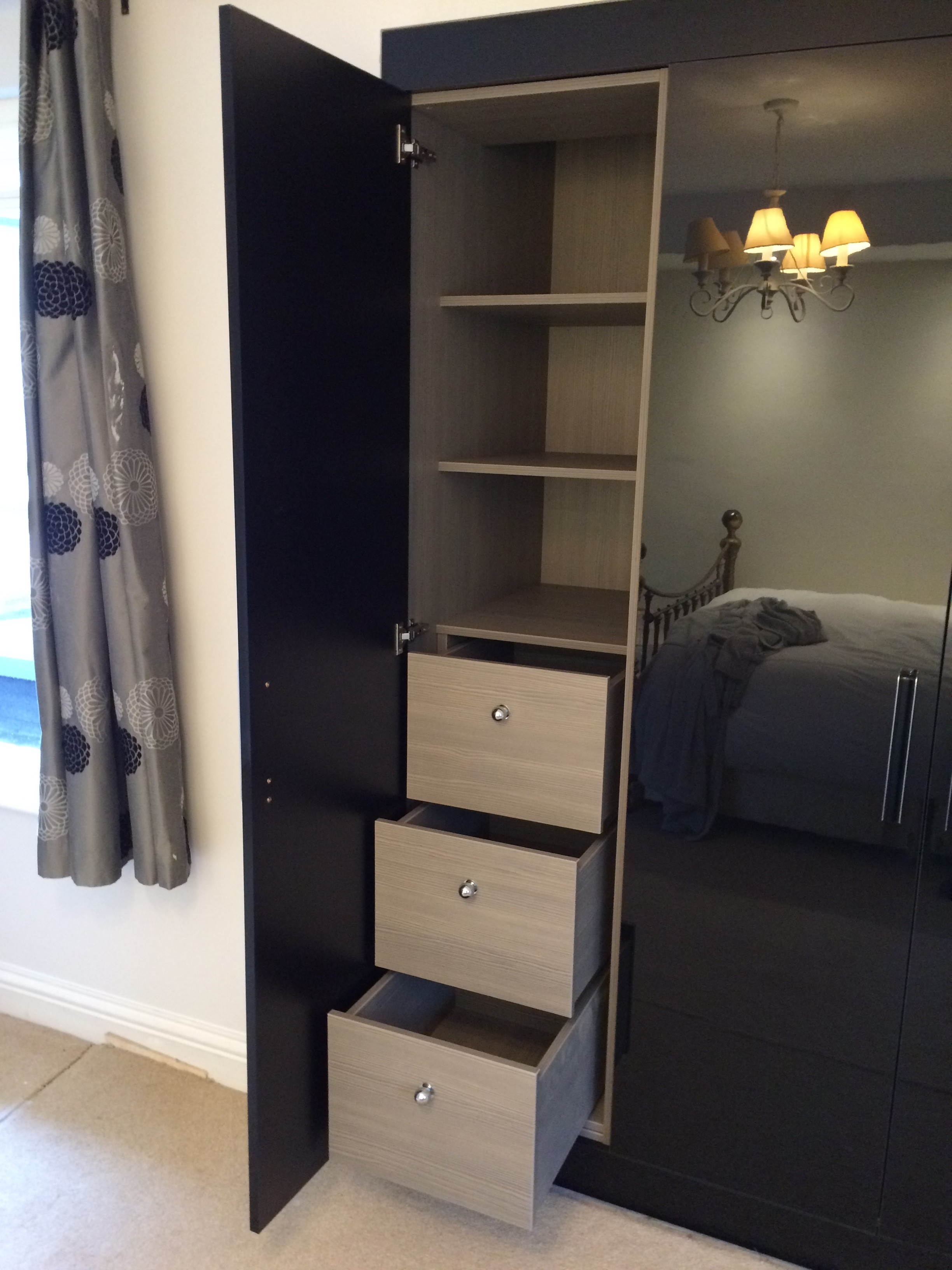 Favorite Fitted Black Gloss Wardrobes (View 3 of 15)