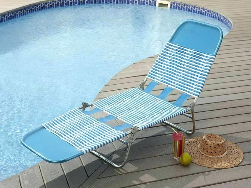 Favorite Folding Chaise Lounge Chairs Regarding Uncategorized : Folding Chaise Lounge Chair In Trendy Luxury Beach (View 4 of 15)