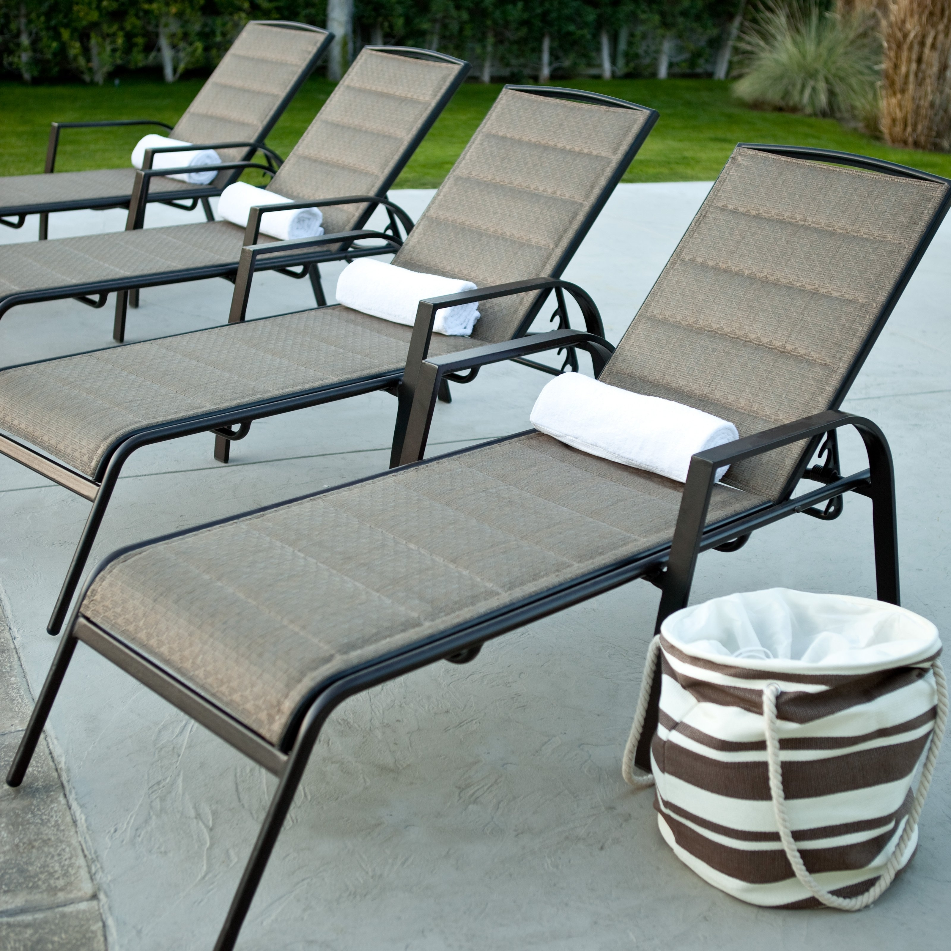 Favorite Furniture : Cozy Aluminum Outdoor Aluminum Furniture With Black For Black Chaise Lounge Outdoor Chairs (View 6 of 15)