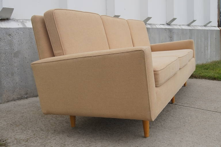 Florence Knoll Wood Legs Sofas With Regard To Preferred Three Seater Sofaflorence Knoll At 1stdibs (View 3 of 10)