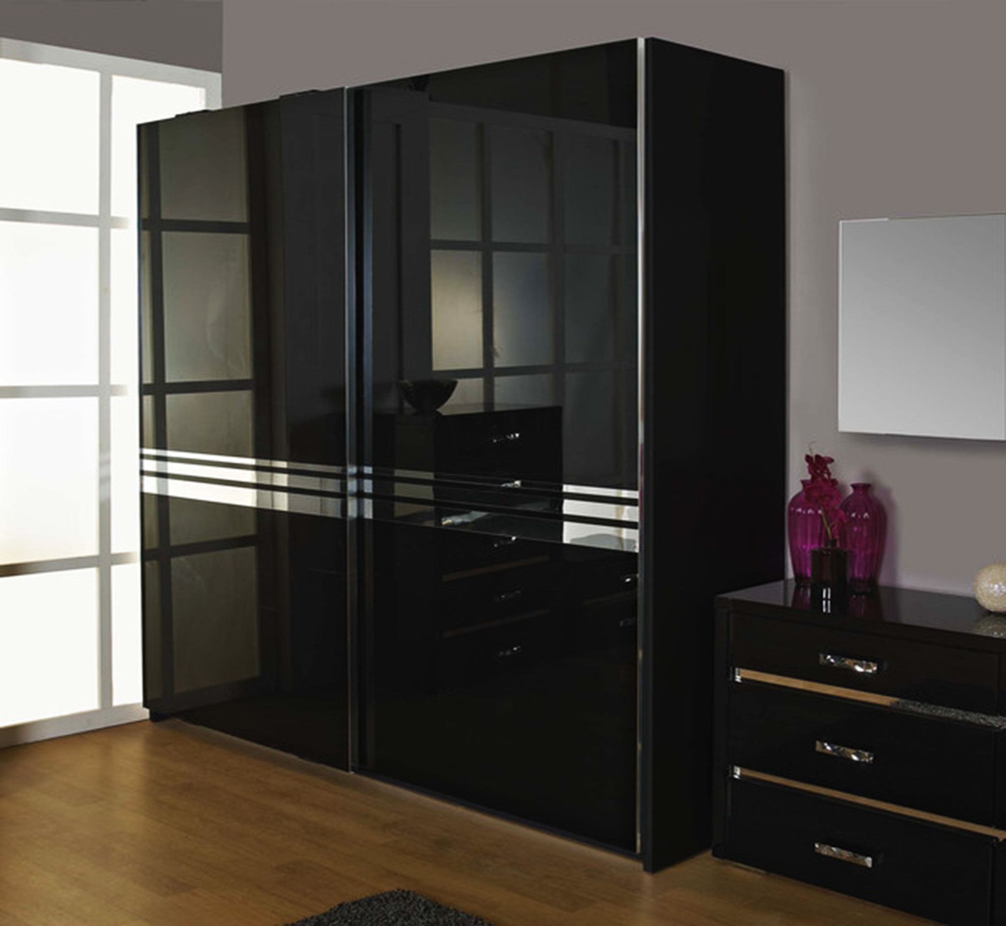 Gloss Black Wardrobes Inside Fashionable High Gloss White Sliding Wardrobe Doors Black Wardrobes Uk That (Gallery 6 of 15)
