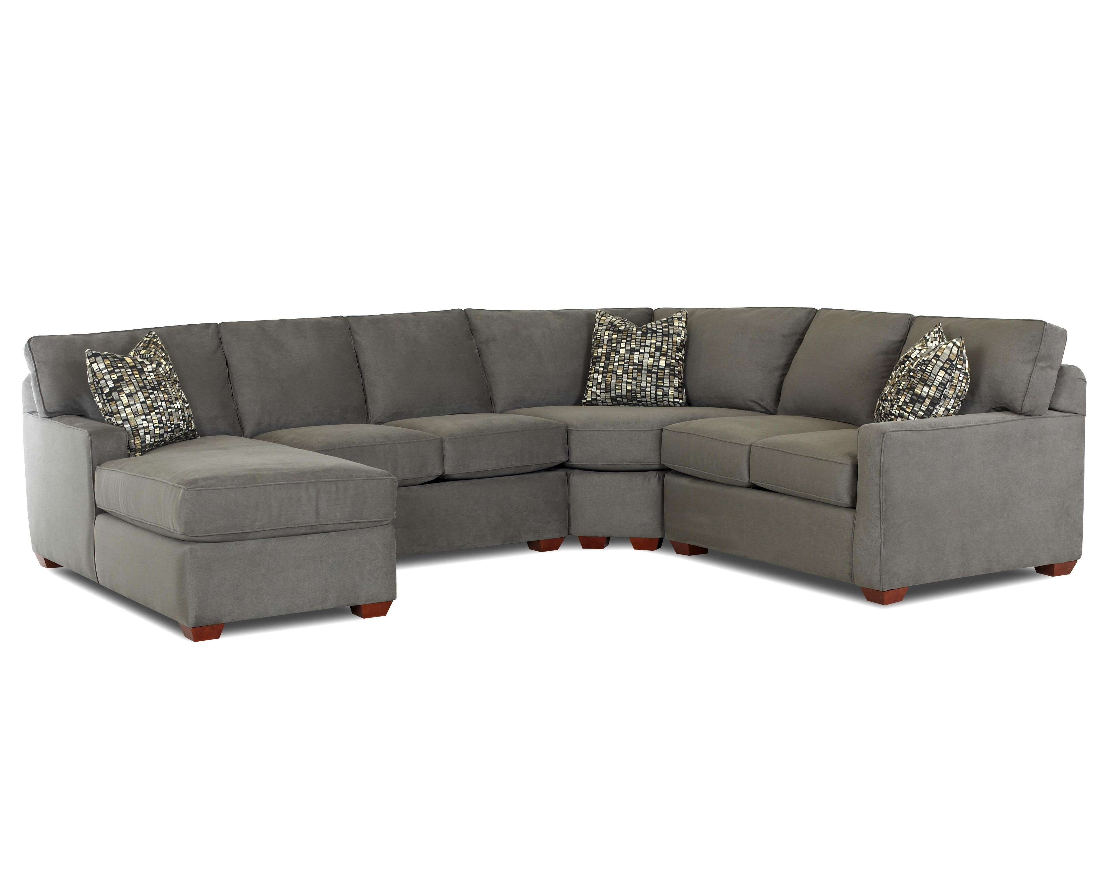Gray Sectional Sofas With Chaise Regarding 2018 Contemporary L Shaped Sectional Sofa With Right Arm Facing Chaise (View 12 of 15)