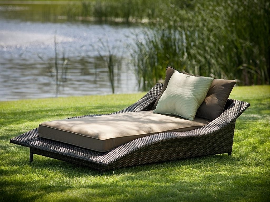 Grey Wicker Chaise Lounge Chairs For Newest Patio. Extraordinary Comfy Patio Furniture: Comfy Outdoor Chaise (Gallery 13 of 15)
