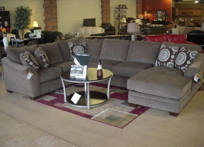 Huge U Shape Sectional/sofa W/chaiseashley – Brand New Throughout Most Popular Small U Shaped Sectional Sofas (View 4 of 10)