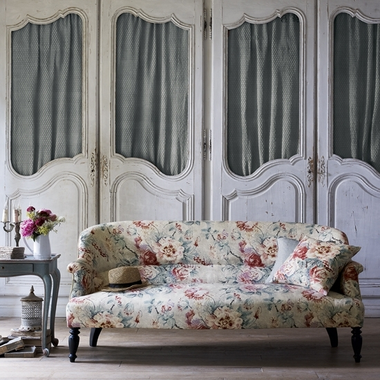 Ideal Home For Chintz Floral Sofas (View 8 of 10)