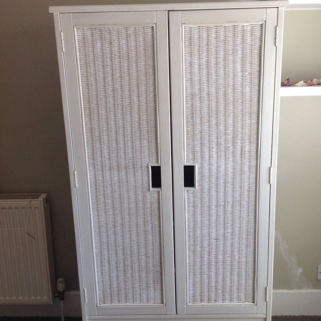 Featured Photo of White Rattan Wardrobes