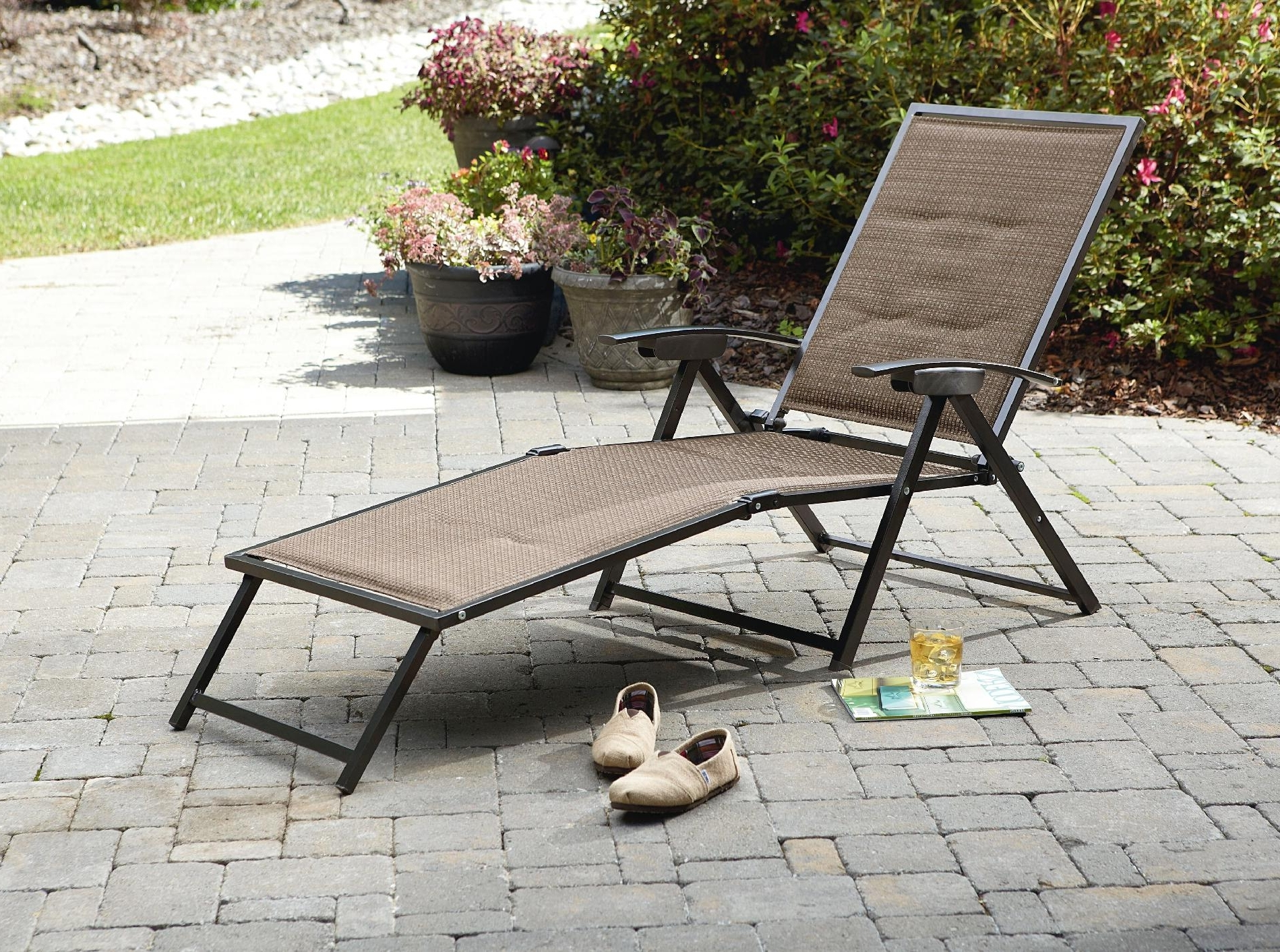 Latest Maureen Outdoor Folding Chaise Lounge Chairs Inside Folding Outdoor Chaise Lounge Chairs • Lounge Chairs Ideas (View 3 of 15)
